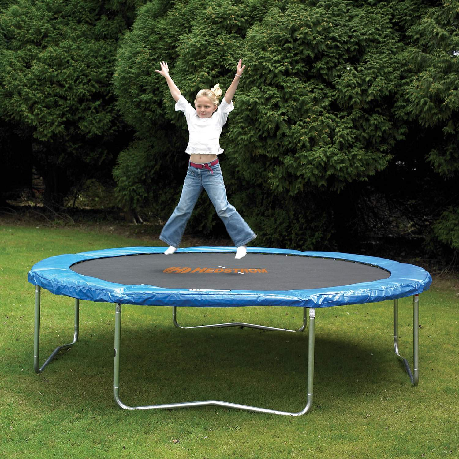Contest enter to win a 13ft oval springfree trampoline for Springfree trampoline