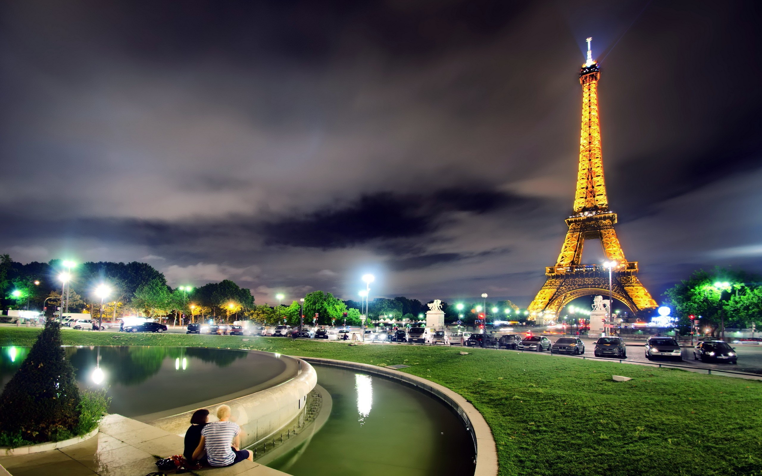 awesome-2013-paris-france-at-night